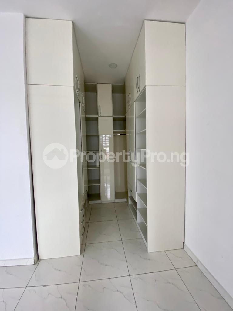 4 bedroom Semi Detached Duplex House for sale 2nd toll gate chevron Lekki Lagos - 11