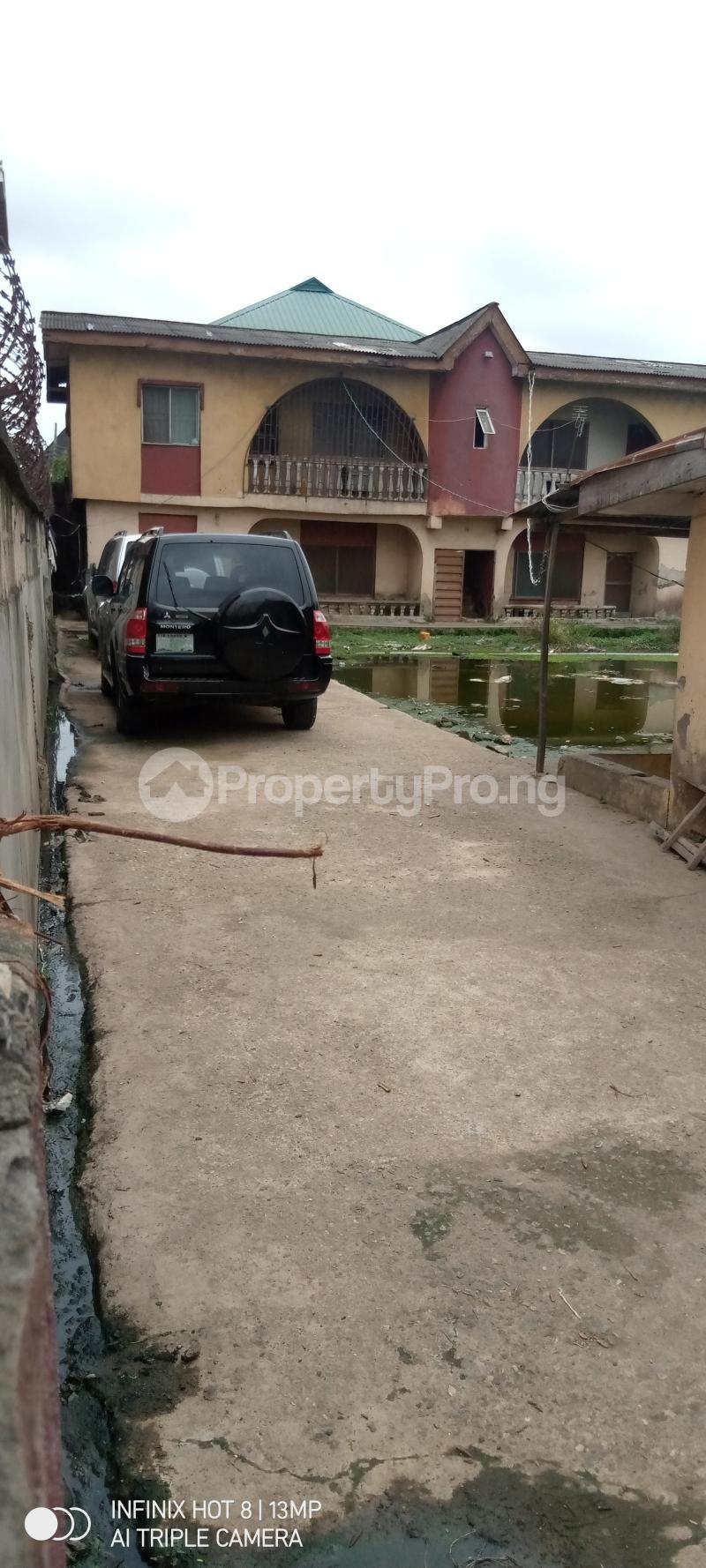 2 bedroom Blocks of Flats House for sale Bayo oyewale ago palace way Isolo Lagos - 3