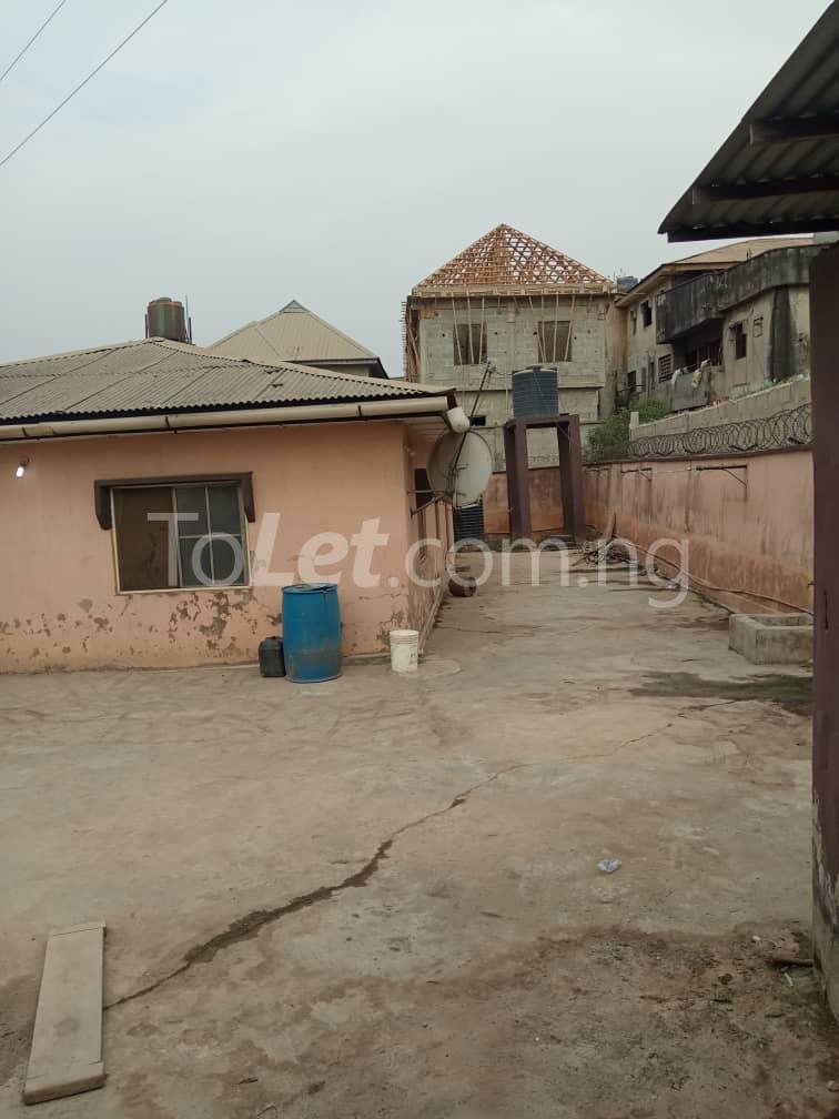 3 bedroom Flat / Apartment for sale No.4 Osemeka street. Osemeka gate, Orile.  Alhaja Ajiboluwa's house Orile Lagos - 0