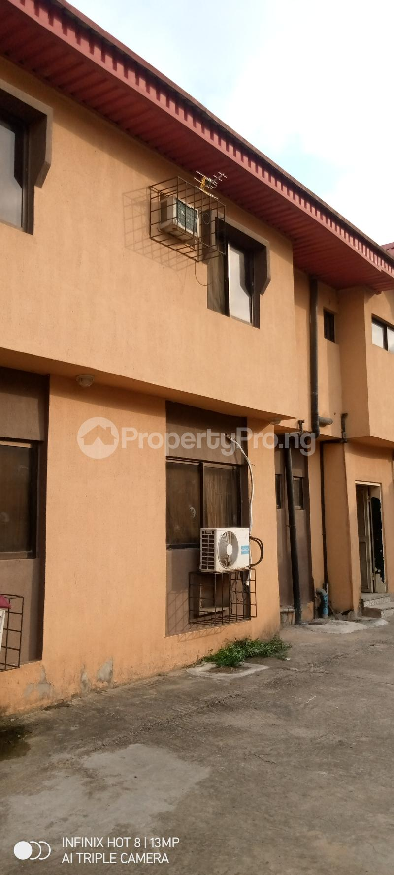 3 bedroom Blocks of Flats House for sale Ago palace way Isolo Lagos - 7