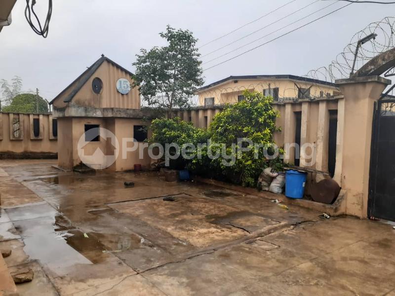 Flat / Apartment for sale  Ore ofe bus stop Ejigbo  Ejigbo Lagos - 4