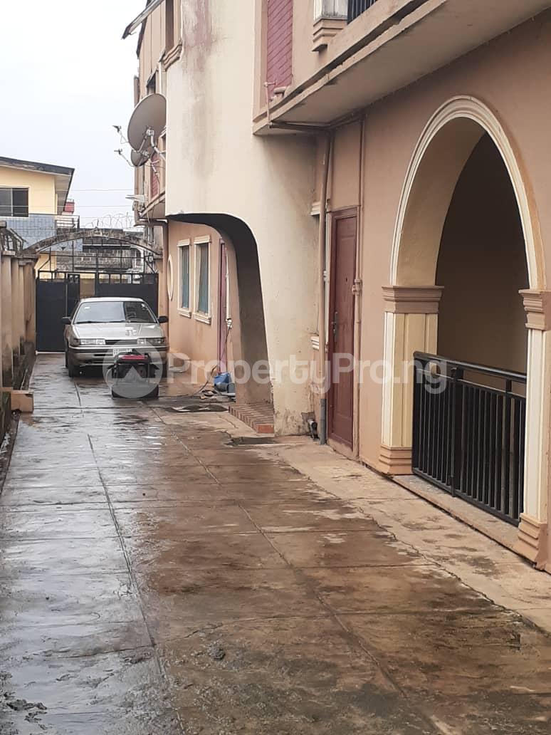 Flat / Apartment for sale  Ore ofe bus stop Ejigbo  Ejigbo Lagos - 0