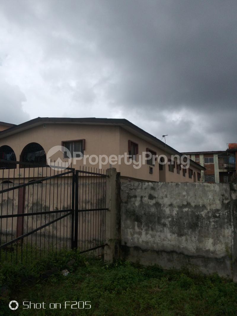 3 bedroom Flat / Apartment for sale Alidada str Isolo Lagos - 4