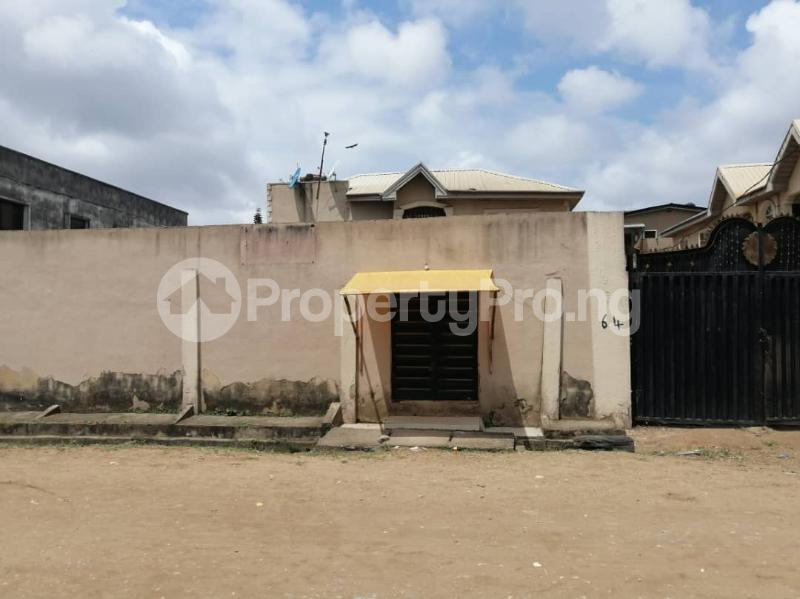 3 bedroom Flat / Apartment for sale Ago palace way Isolo Lagos - 4