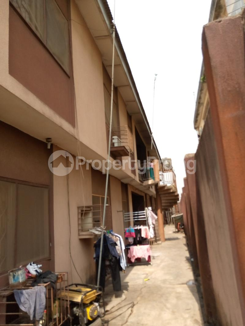 3 bedroom Flat / Apartment for sale Ago palace way Isolo Lagos - 9