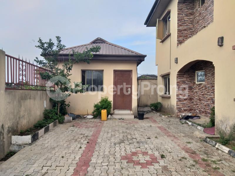 3 bedroom Blocks of Flats House for sale 20, Yemi Oketola Street, Seaside Estate Badore Ajah Lagos - 3