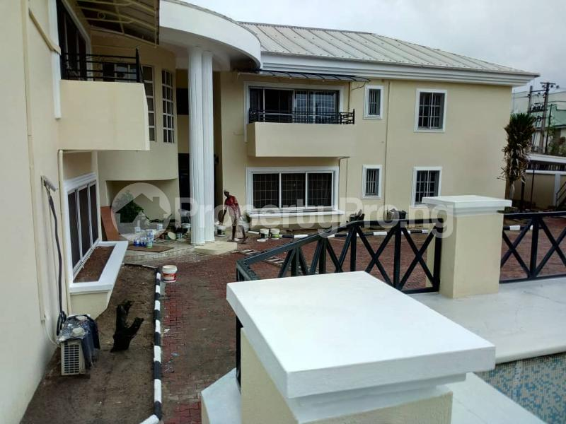 3 bedroom Blocks of Flats House for rent Ibironke Crescent  Parkview Estate Ikoyi Lagos - 3