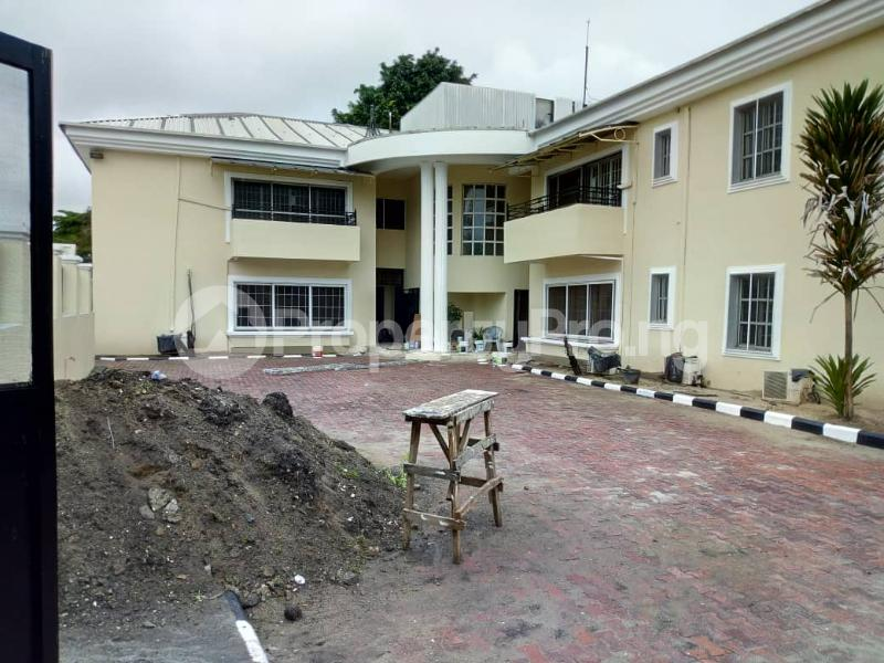 3 bedroom Blocks of Flats House for rent Ibironke Crescent  Parkview Estate Ikoyi Lagos - 11