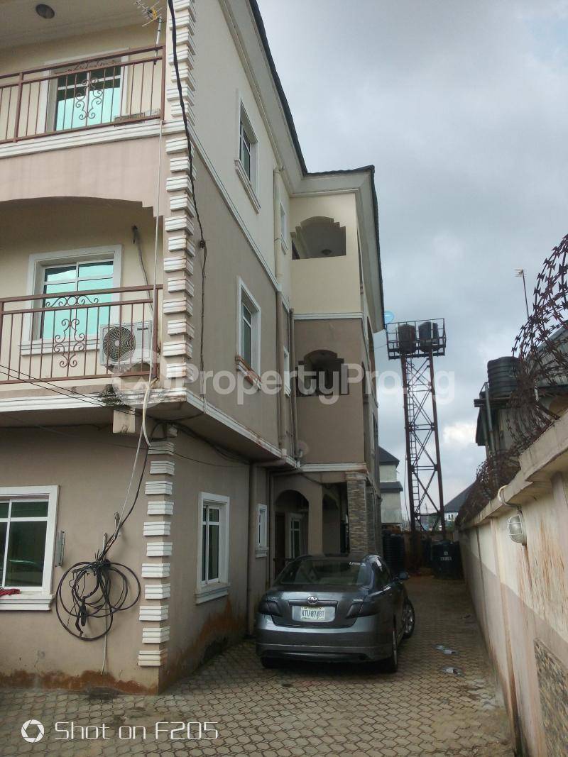3 bedroom Blocks of Flats House for sale Hope estate Amuwo Odofin Lagos - 2