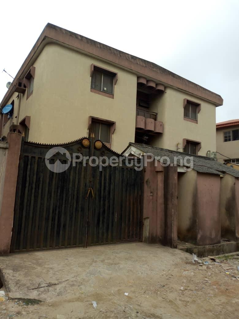 3 bedroom Blocks of Flats House for sale Canal Estate Okota Isolo Isolo Lagos - 5