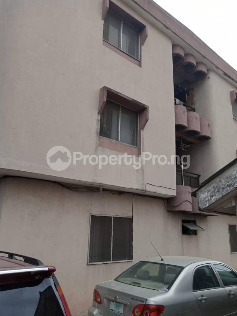 3 bedroom Blocks of Flats House for sale Canal Estate Okota Isolo Isolo Lagos - 4