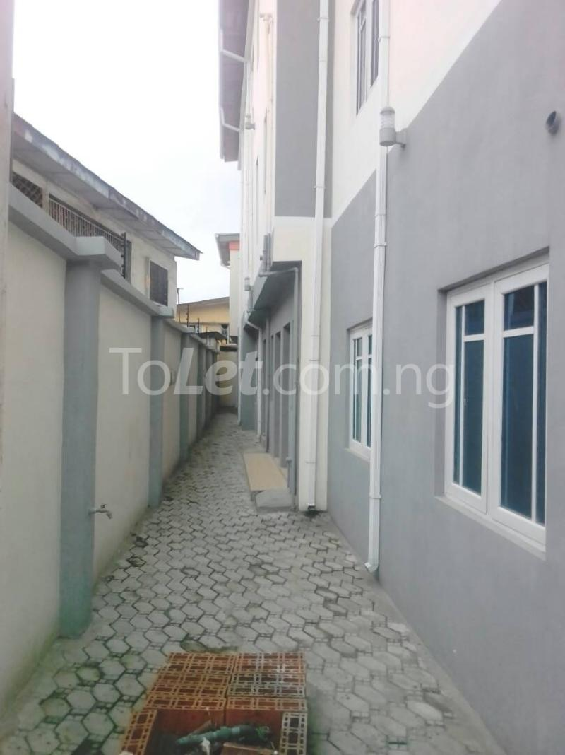 2 bedroom House for sale 21 Adesina Street Obafemi Awolowo Way Ikeja Lagos - 2