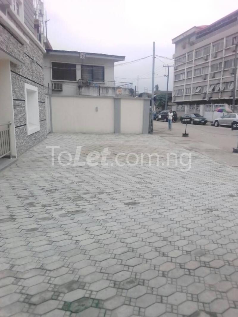 2 bedroom House for sale 21 Adesina Street Obafemi Awolowo Way Ikeja Lagos - 5