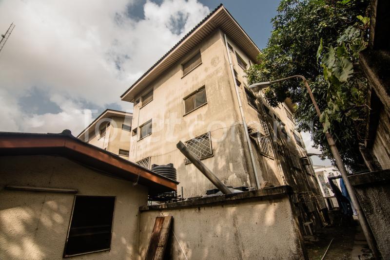 3 bedroom Flat / Apartment for sale Adeola Hopewell, Near the Nigerian Law School Adeola Hopewell Victoria Island Lagos - 8