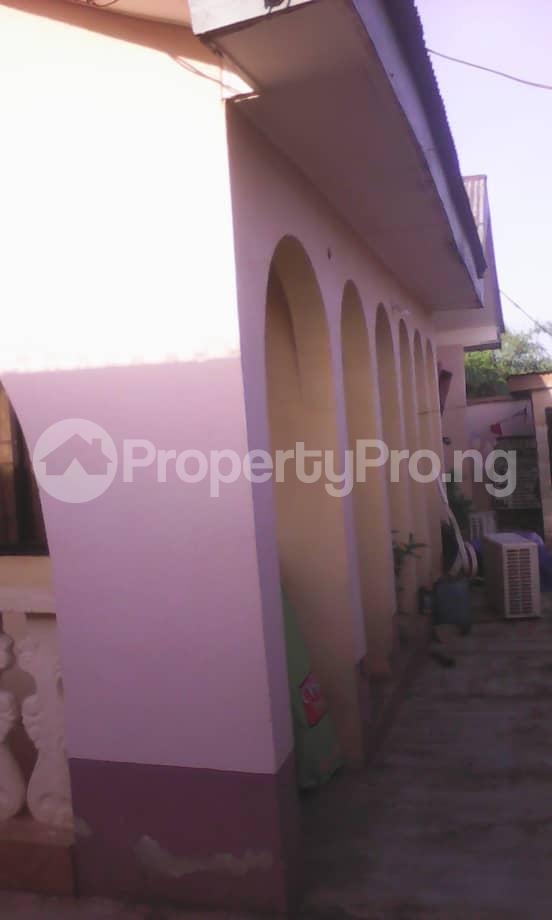 10 bedroom Blocks of Flats House for sale Aafin iyanu, Ologueru Eleyele Road Ibadan Ido Oyo - 7