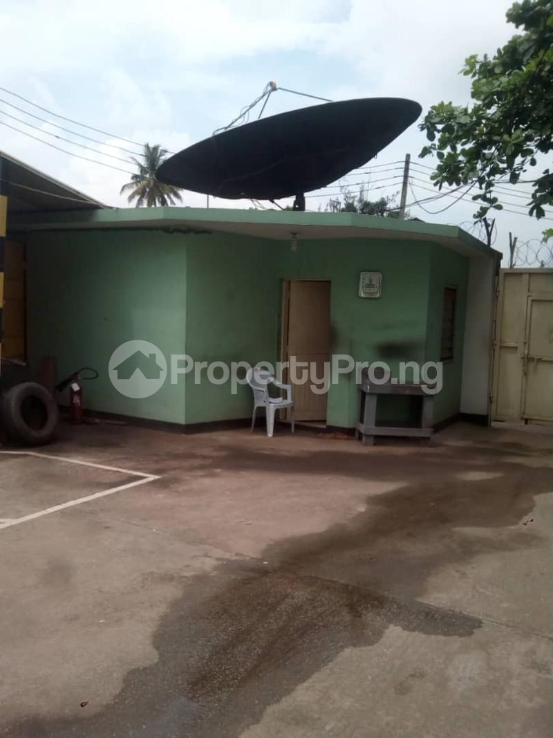 1 bedroom Blocks of Flats for sale Ilojo Cresent Obanikoro Shomolu Lagos - 0