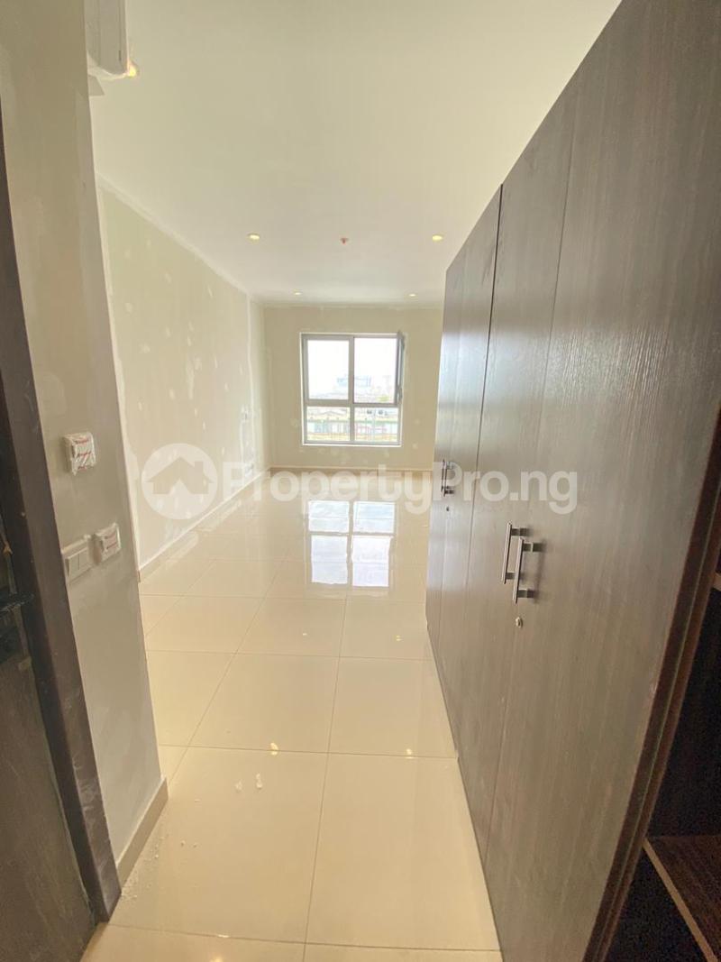 2 bedroom Flat / Apartment for sale Blue Water View Apartments Lekki Phase 1 Lekki Lagos - 4