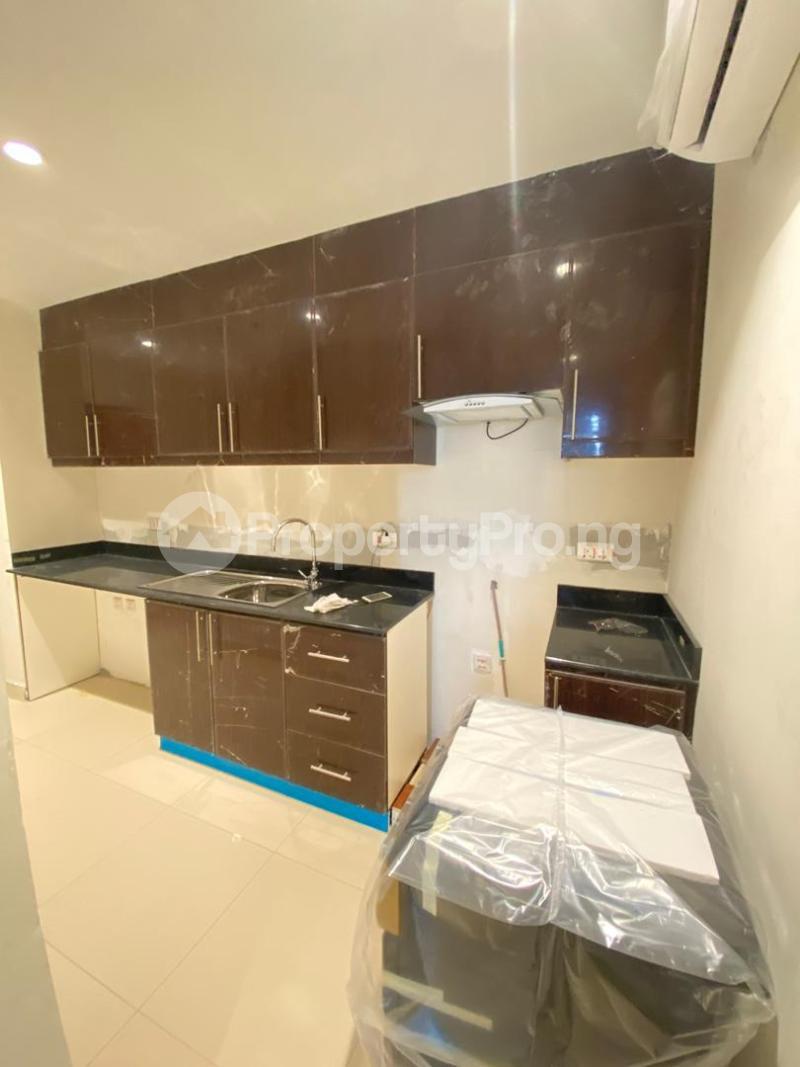 2 bedroom Flat / Apartment for sale Blue Water View Apartments Lekki Phase 1 Lekki Lagos - 3