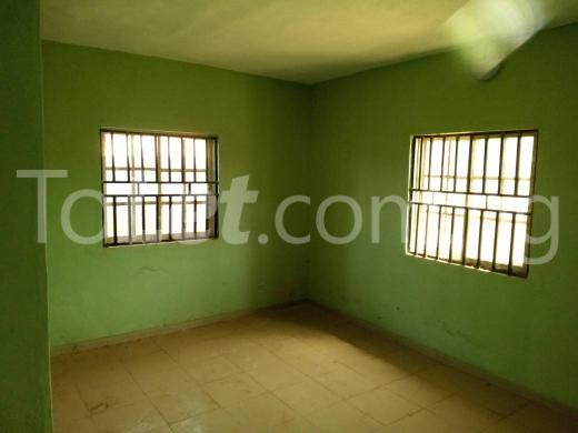 4 bedroom Flat / Apartment for sale Abakiliki Town, Enugu. Enugu North Enugu - 9