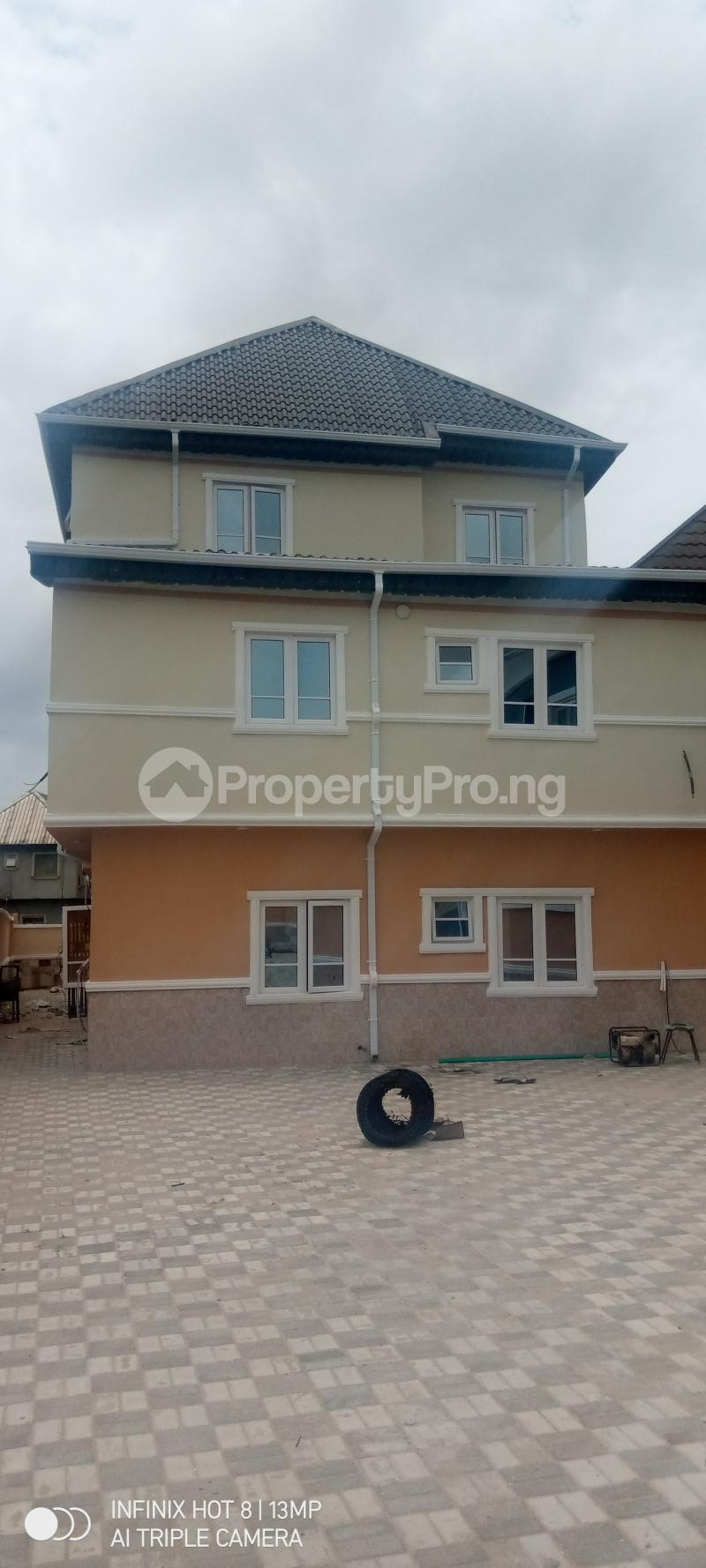 2 bedroom Flat / Apartment for rent Green field estate  Amuwo Odofin Lagos - 9