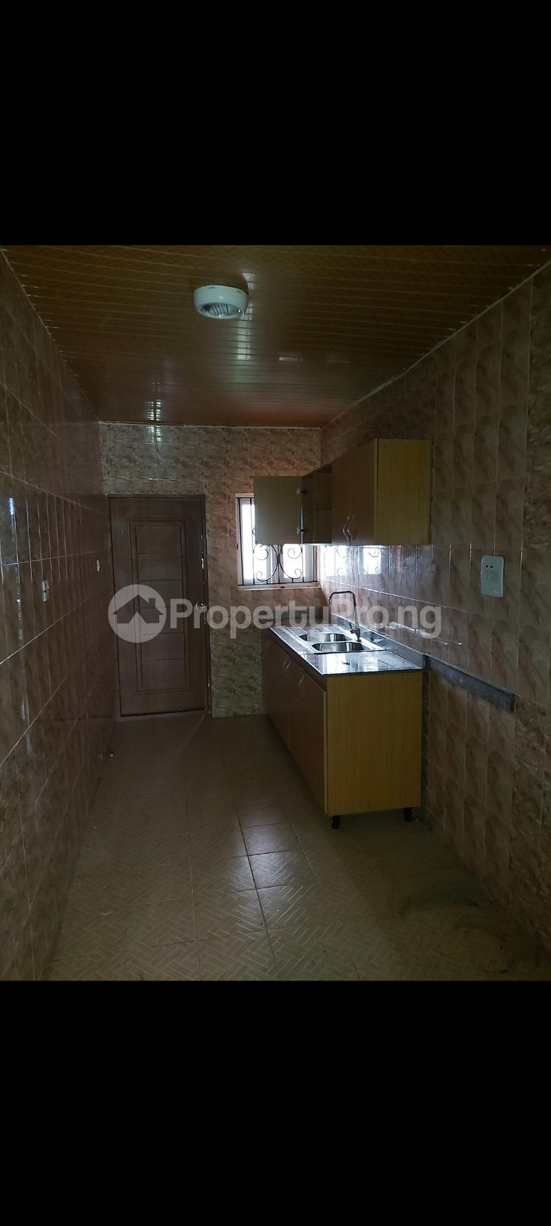 2 bedroom Shared Apartment Flat / Apartment for rent Bucknor  Ago palace Okota Lagos - 5