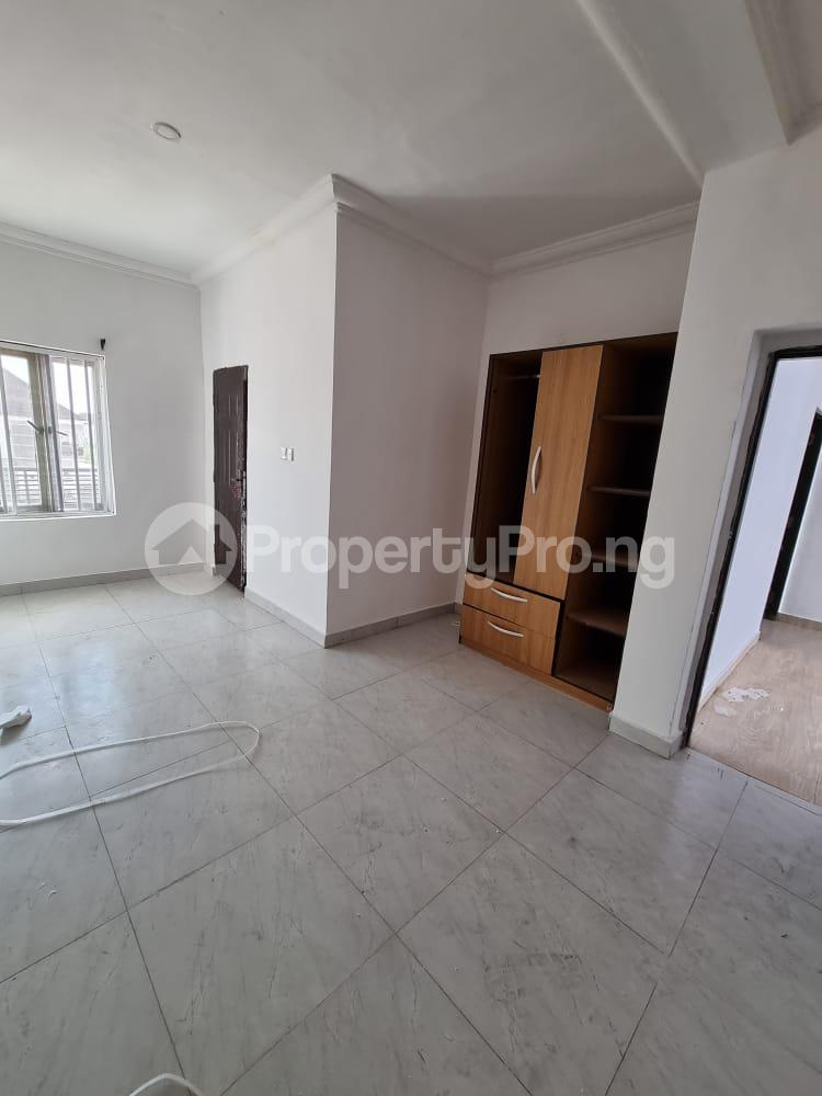 2 bedroom Penthouse for sale Paradise Estate chevron Lekki Lagos - 3