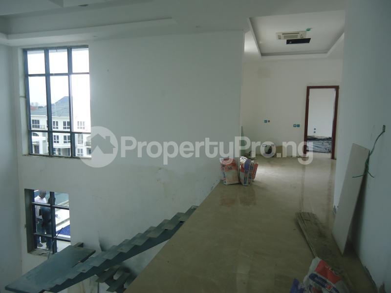 2 bedroom Massionette House for sale . Banana Island Ikoyi Lagos - 7