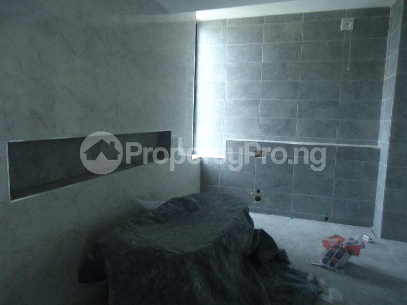 2 bedroom Massionette House for sale . Banana Island Ikoyi Lagos - 13
