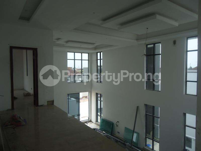 2 bedroom Massionette House for sale . Banana Island Ikoyi Lagos - 16