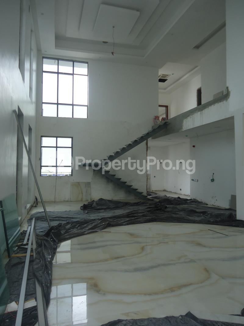2 bedroom Massionette House for sale . Banana Island Ikoyi Lagos - 5