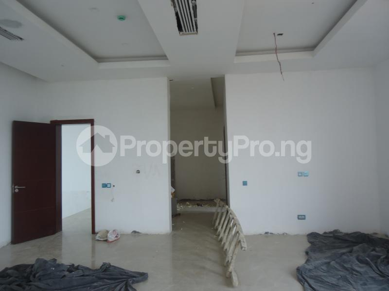 2 bedroom Massionette House for sale . Banana Island Ikoyi Lagos - 10