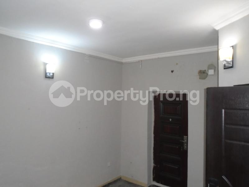 1 bedroom mini flat  Mini flat Flat / Apartment for rent off bode thomas Bode Thomas Surulere Lagos - 3