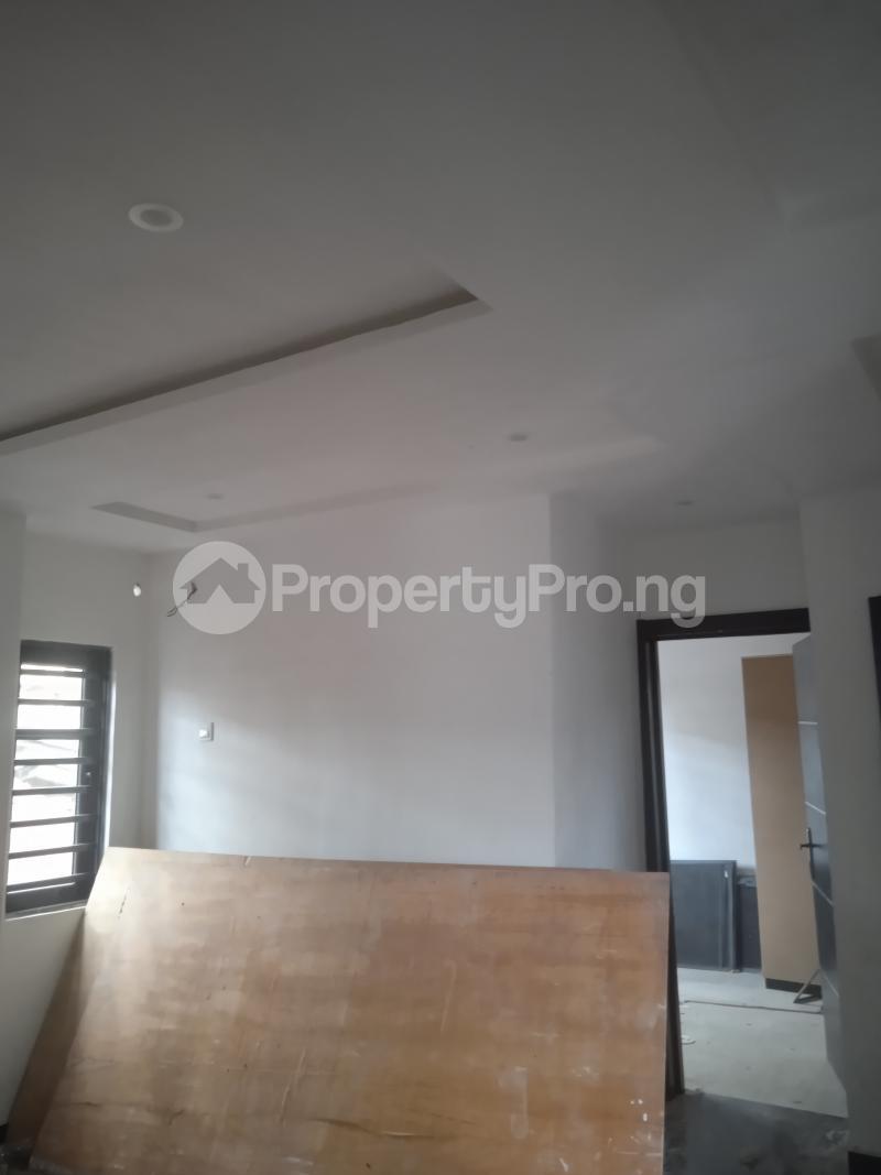 2 bedroom Flat / Apartment for rent Agbonyin Adelabu Surulere Lagos - 0