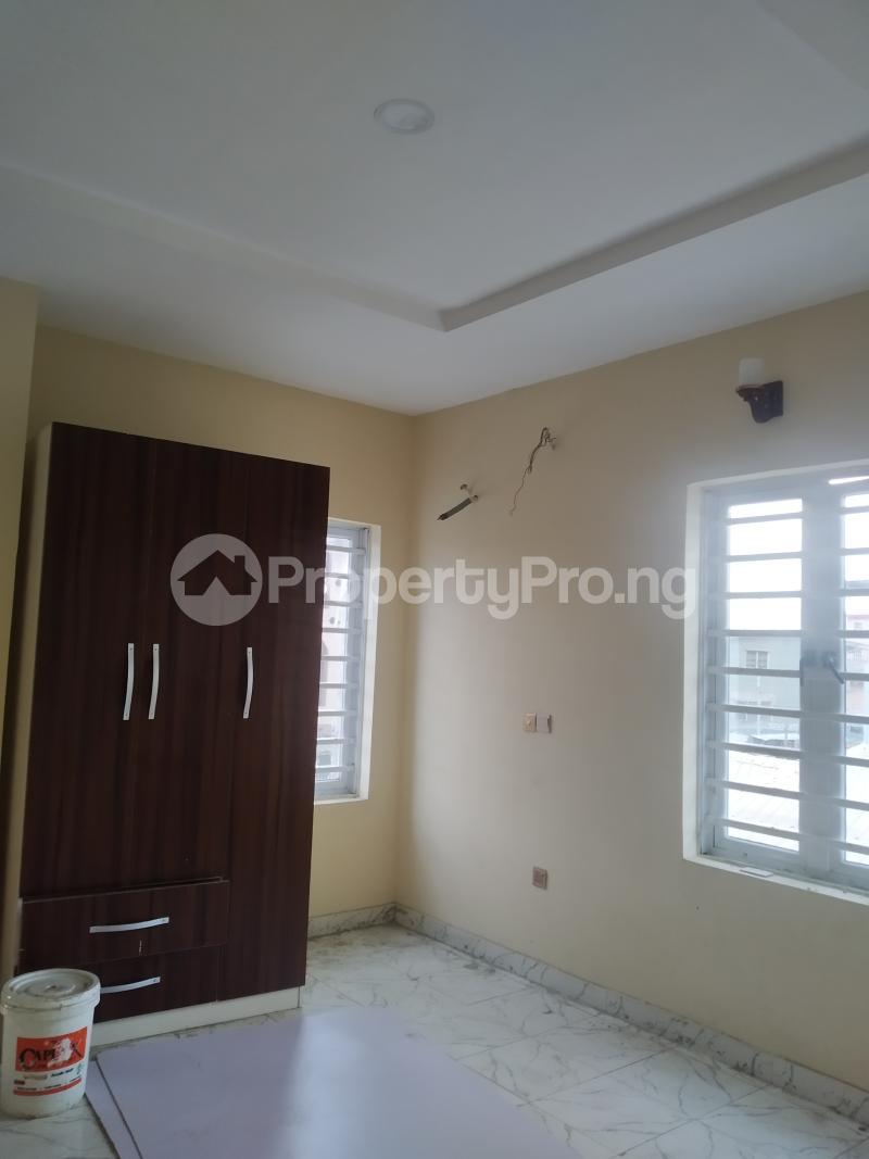 2 bedroom Flat / Apartment for rent agbonyin Kilo-Marsha Surulere Lagos - 4