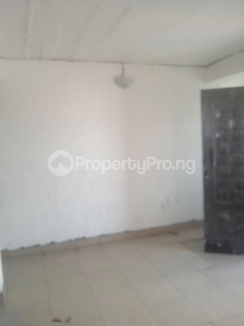 2 bedroom Flat / Apartment for rent Ishaga Itire Surulere Lagos - 4