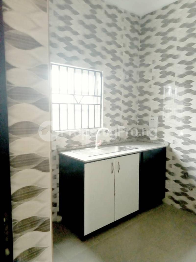 2 bedroom Blocks of Flats House for rent Ogba off college road via Aguda. Aguda(Ogba) Ogba Lagos - 4
