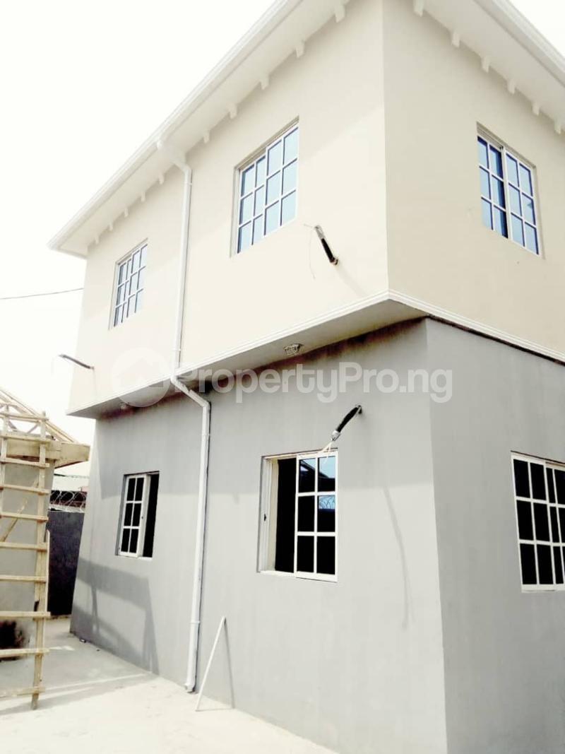 2 bedroom Blocks of Flats House for rent Ogba off college road via Aguda. Aguda(Ogba) Ogba Lagos - 3