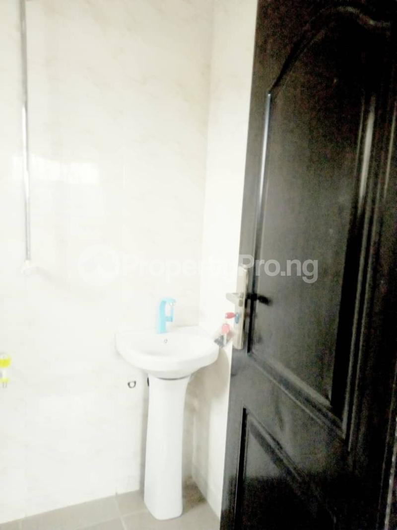 2 bedroom Blocks of Flats House for rent Ogba off college road via Aguda. Aguda(Ogba) Ogba Lagos - 15