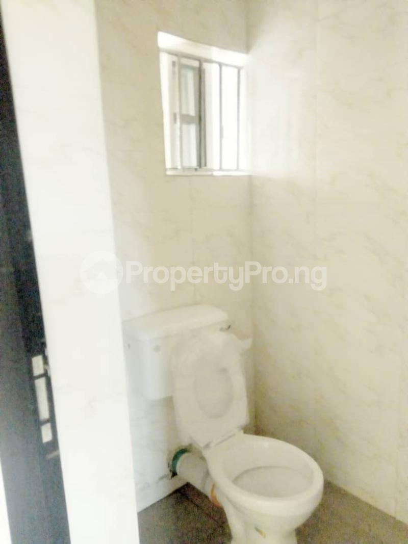 2 bedroom Blocks of Flats House for rent Ogba off college road via Aguda. Aguda(Ogba) Ogba Lagos - 2