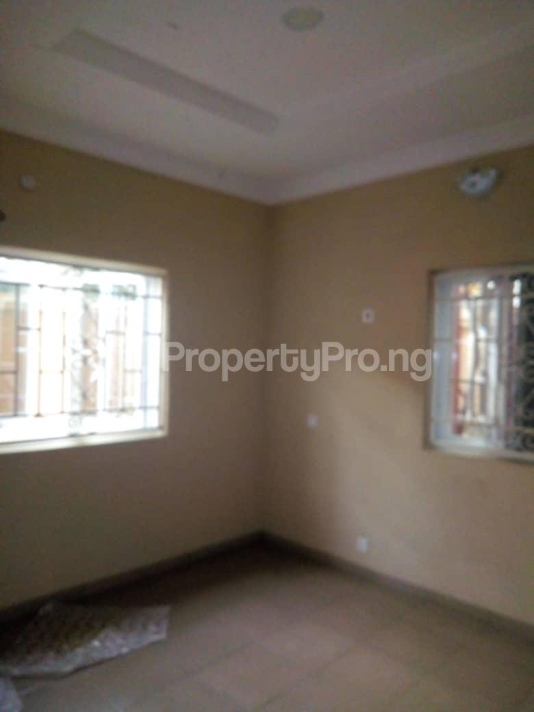2 bedroom Blocks of Flats House for rent Agege oke oba Lagos. Oko oba Agege Lagos - 3