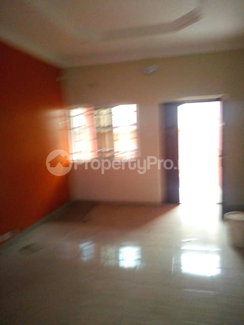 2 bedroom Blocks of Flats House for rent Agege oke oba Lagos. Oko oba Agege Lagos - 2