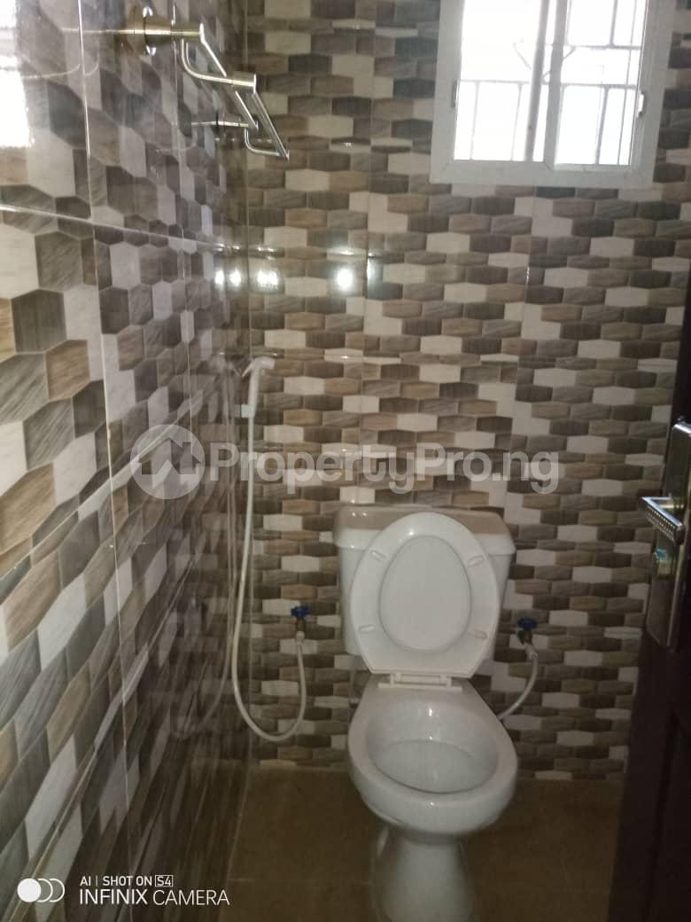 2 bedroom Flat / Apartment for rent Behind tob plaza Magodo GRA Phase 1 Ojodu Lagos - 5