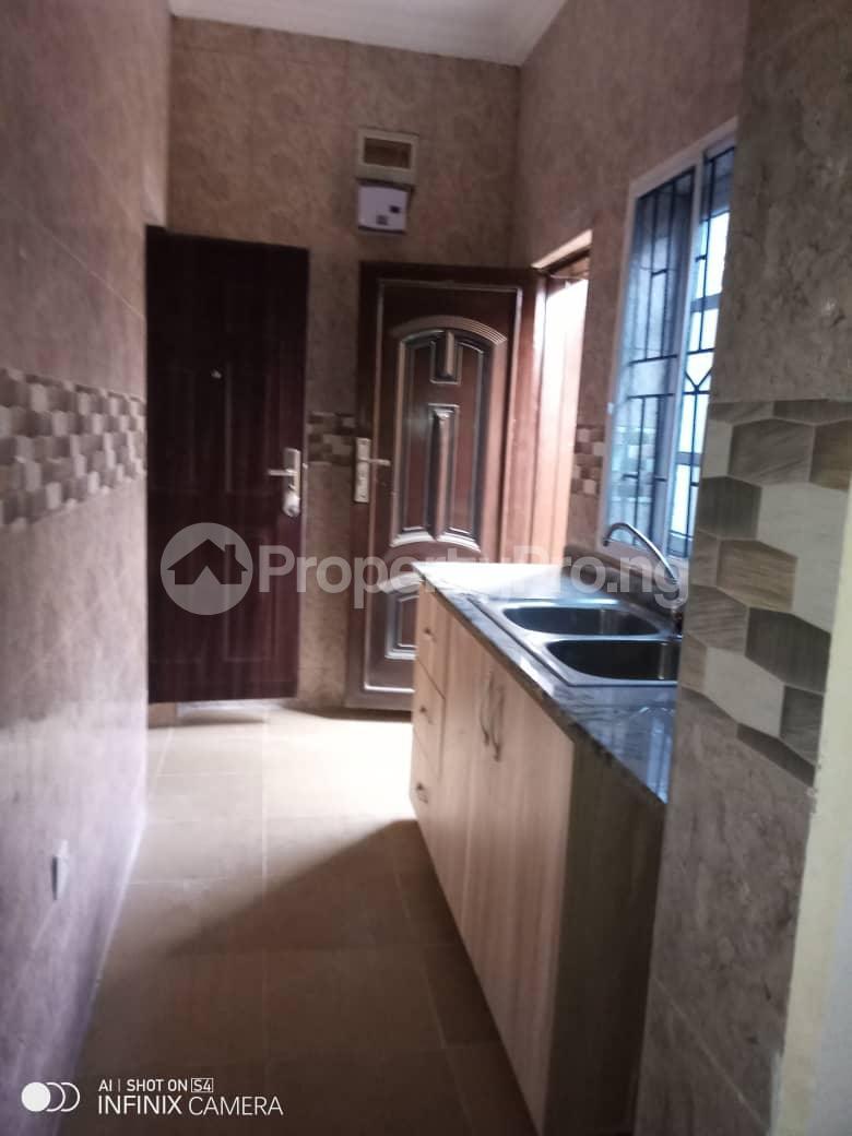 2 bedroom Flat / Apartment for rent Behind tob plaza Magodo GRA Phase 1 Ojodu Lagos - 9