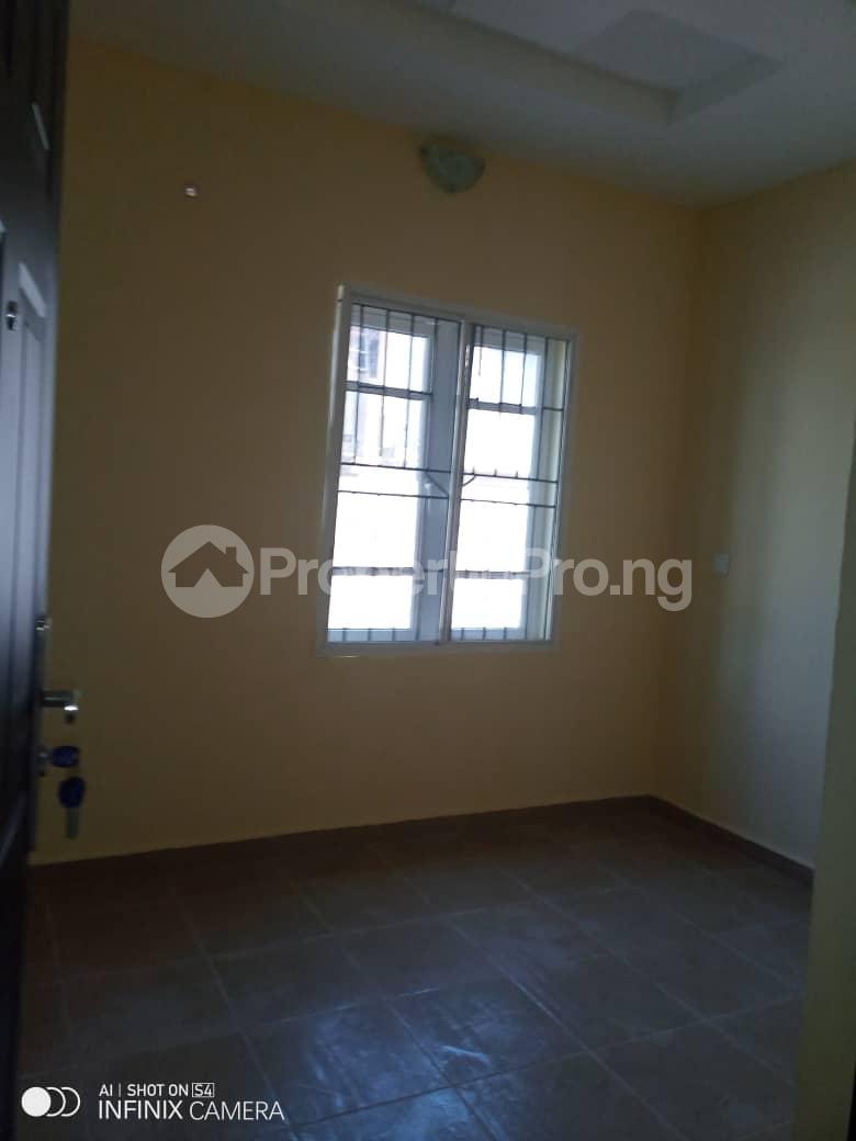 2 bedroom Flat / Apartment for rent Behind tob plaza Magodo GRA Phase 1 Ojodu Lagos - 6