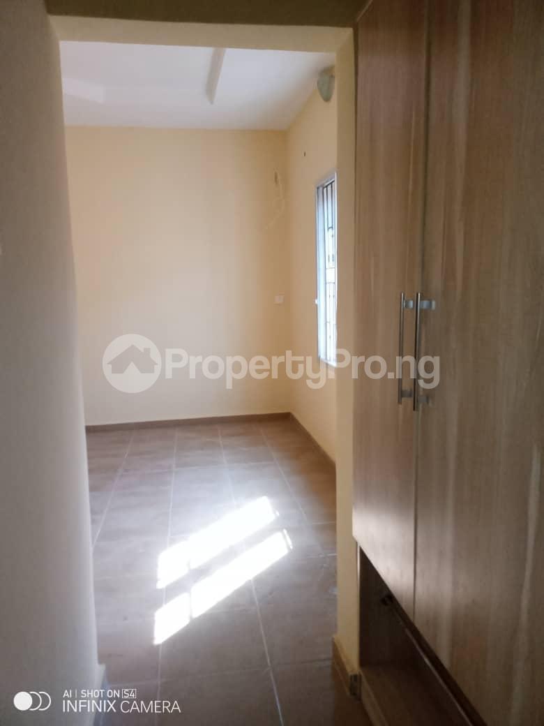 2 bedroom Flat / Apartment for rent Behind tob plaza Magodo GRA Phase 1 Ojodu Lagos - 3