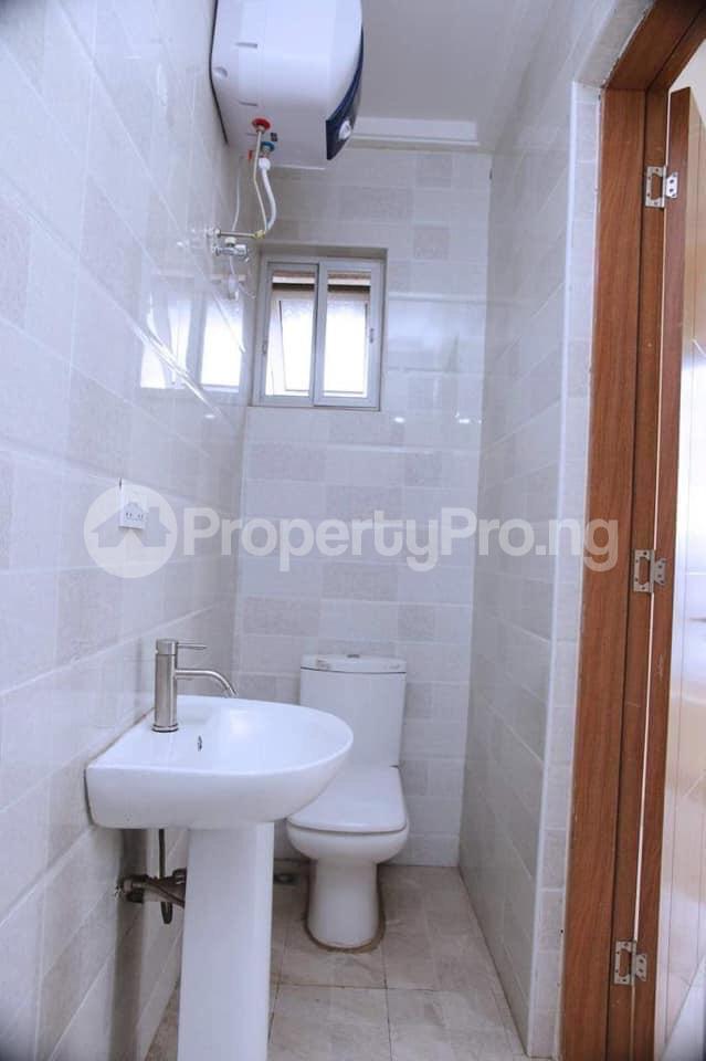 2 bedroom Flat / Apartment for rent Behind tob plaza Magodo GRA Phase 1 Ojodu Lagos - 1