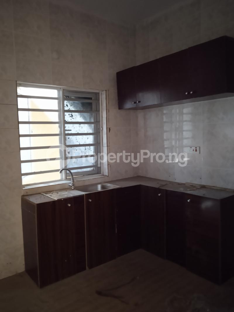 3 bedroom Flat / Apartment for rent Babs animashun Bode Thomas Surulere Lagos - 7