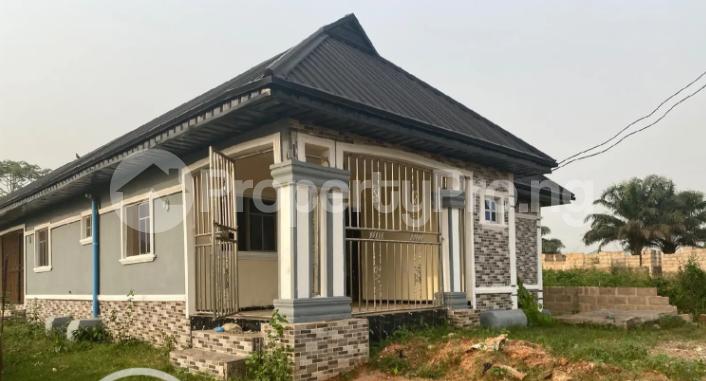 3 bedroom Flat / Apartment for rent Ugbighoko Off Ekenwan Oredo Edo - 0
