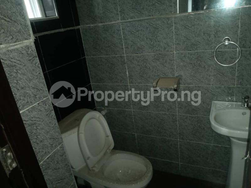 3 bedroom Flat / Apartment for rent Herbert Macaulay Way  Adekunle Yaba Lagos - 2