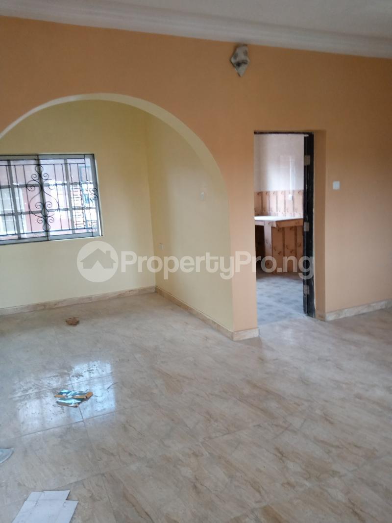 2 bedroom Flat / Apartment for rent   Ago palace Okota Lagos - 8